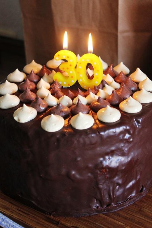Vegan MOFO Day 1 - Birthday Monstercake | Geburtstagstorte des Wahnsinns