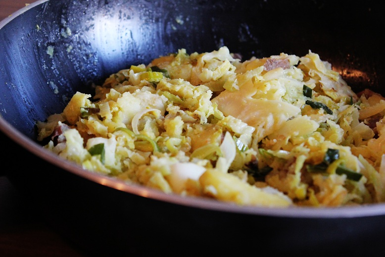 Potato & savoy cabbage Stirfry | Kartoffel-Wirsing-Pfanne