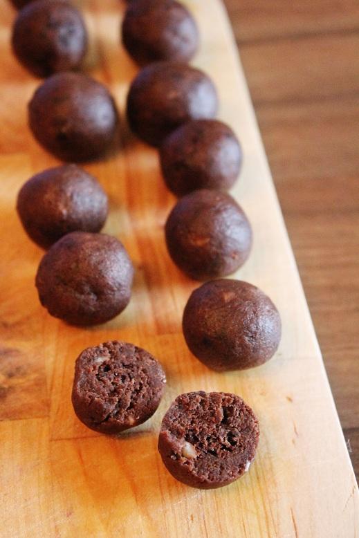 Brownie Peanut Butter Truffles | Brownie-Erdnussbutter-Trüffel