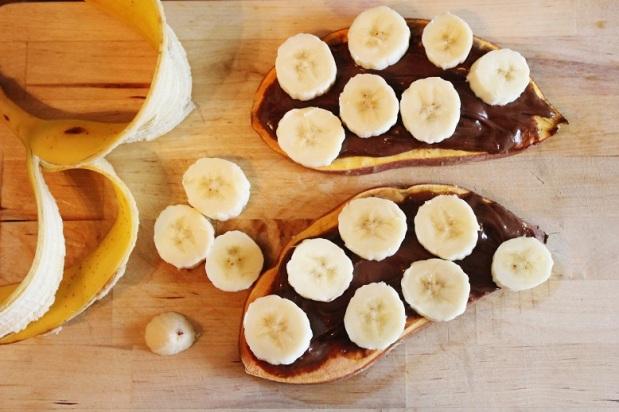 Chocolate Banana Sweet Potato Toast | Schoko-Banane-Süßkartoffeltoast