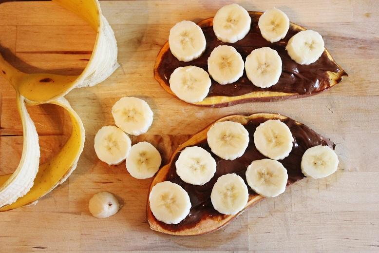 Chocolate Banana Sweet Potato Toast   Schoko-Banane-Süßkartoffeltoast