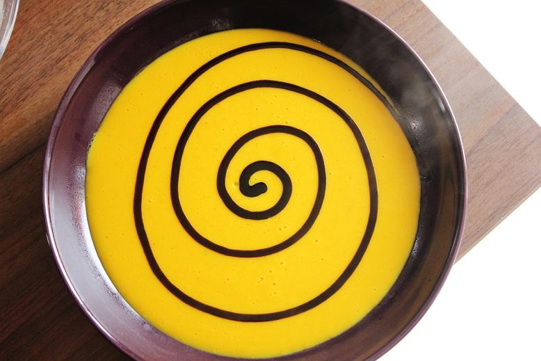 Creamy Pumpkin Soup | Cremige Kürbissuppe